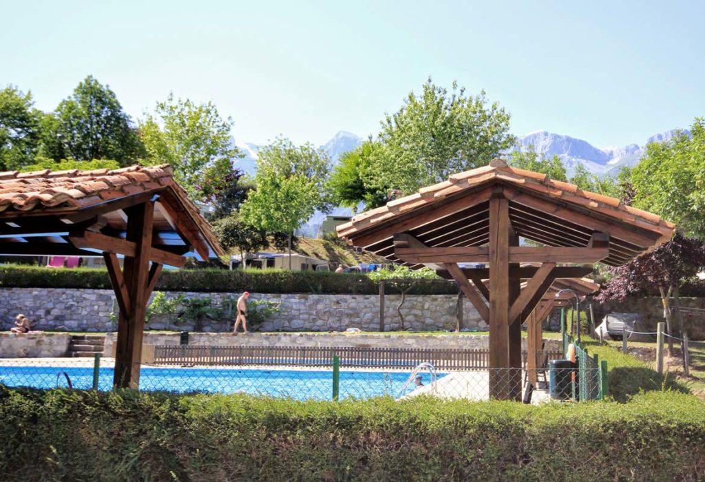 camping-la-viorna-potes-piscina-01